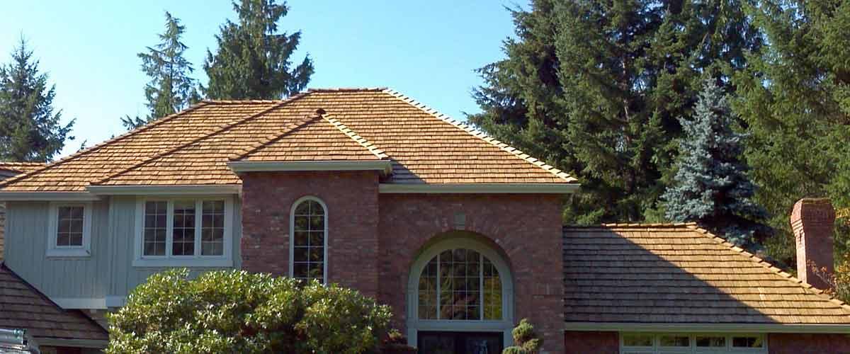 ... Cedar Shake Roof ...